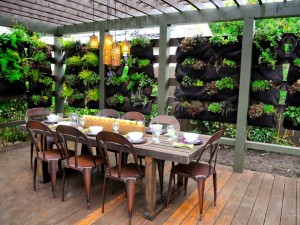 How To Create a Comfortable and Casual Dining Experience with Patio Dining Sets